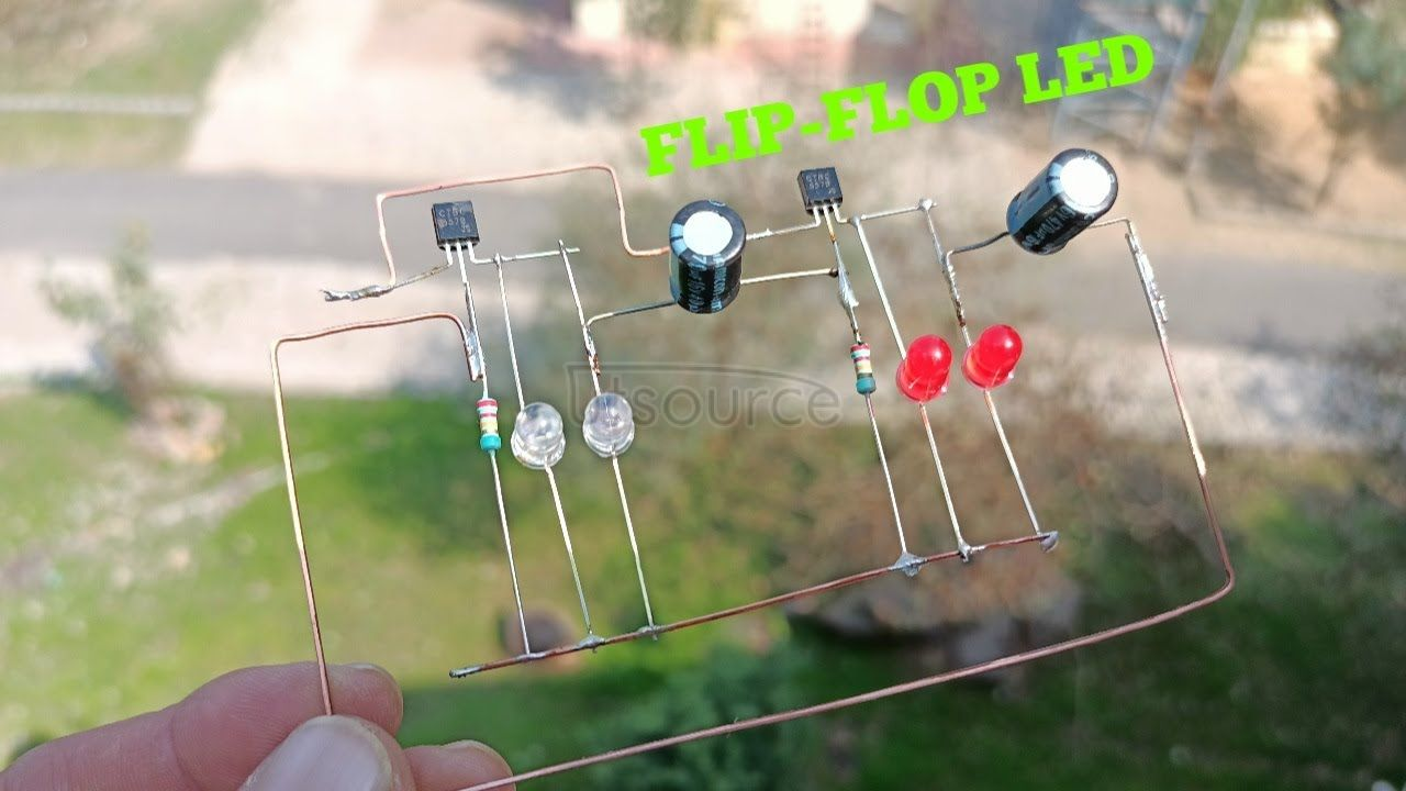 DIY FLIP-FLOP LED LIGHT USING BC557 TRANSISTOR