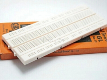 840 hole breadboard can be spliced together.