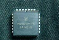 MC100E211FN